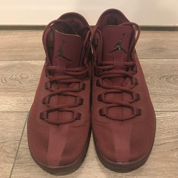 Jordan Casual Tennis Shoe